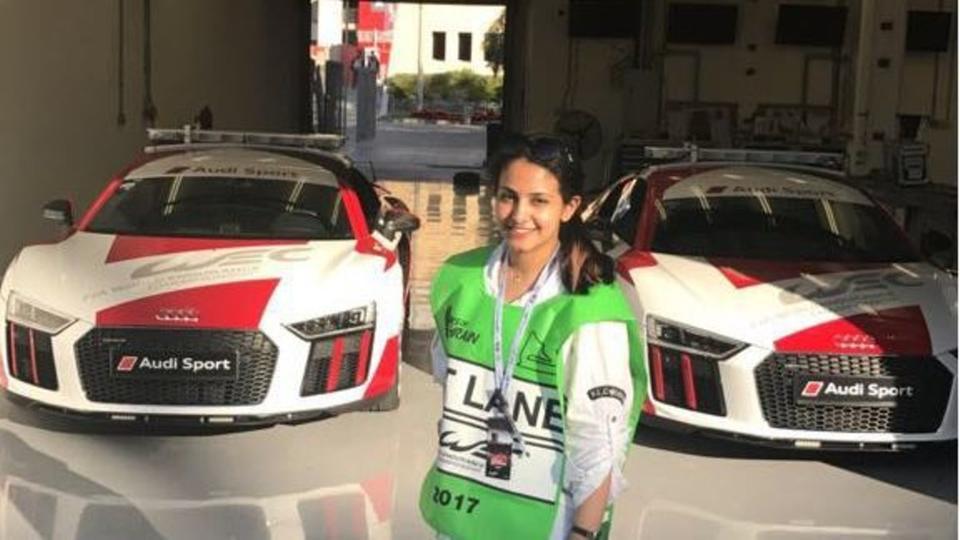 قصة شابة سعودية شاركت في تصنيع سيارة فورمولا