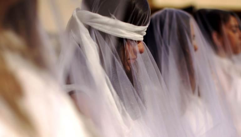 أجبرت ابنتي على الزواج من ابن خالها والسبب