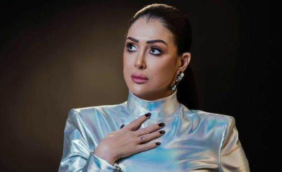 مخرج مصري: غادة عبدالرازق جعلتني أفكر بالانتحار
