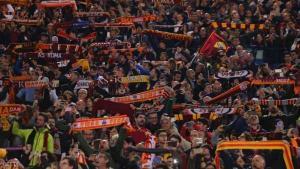 طوابير بالآلاف لشراء تذاكر مباراة روما وليفربول