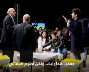 بالفيديو  ..  النائب السابق محمود الخرابشة ينفعل و ينسحب من برنامج على الهواء بسبب فتاة تدعي التحرش
