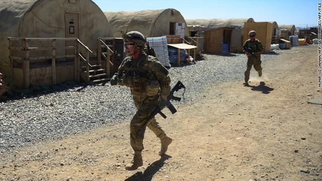 "نشر 200 جندي أمريكي بالأردن ""تحسباً"" لسوريا"