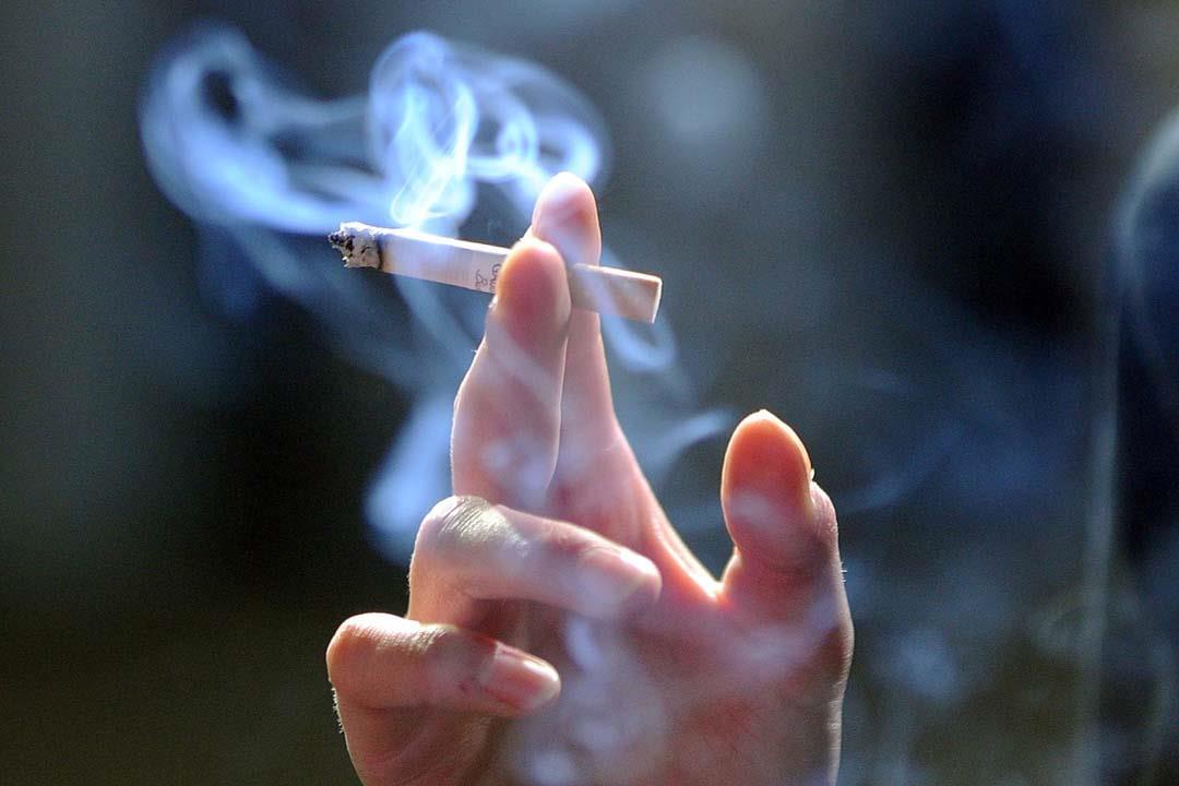 ماذا يحدث للجسم عند الإفطار على سيجارة مباشرة؟