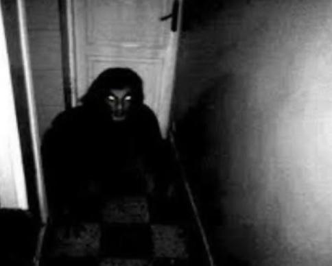فتاة تروي قصة شرائها منزل مسكون بالأشباح