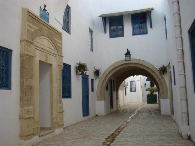 بالصور  ..  أفضل ما يمكنك القيام به عند زيارة المدينة العتيقة بتونس العاصمة