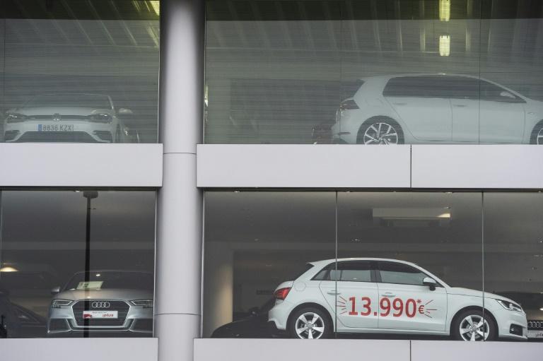 تراجع مبيعات السيارات في أوروبا بـ55% في آذار/مارس جراء كورونا