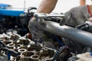 تهافت كبير لاصحاب المركبات لمراكز الصيانة استعدادا للشتاء