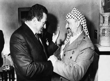 """""""السلطة"""" ترد على تسريبات مبارك حول عرفات"""