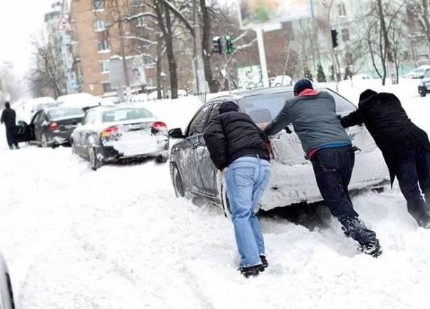 أهم النصائح لقيادة آمنة خلال الشتاء