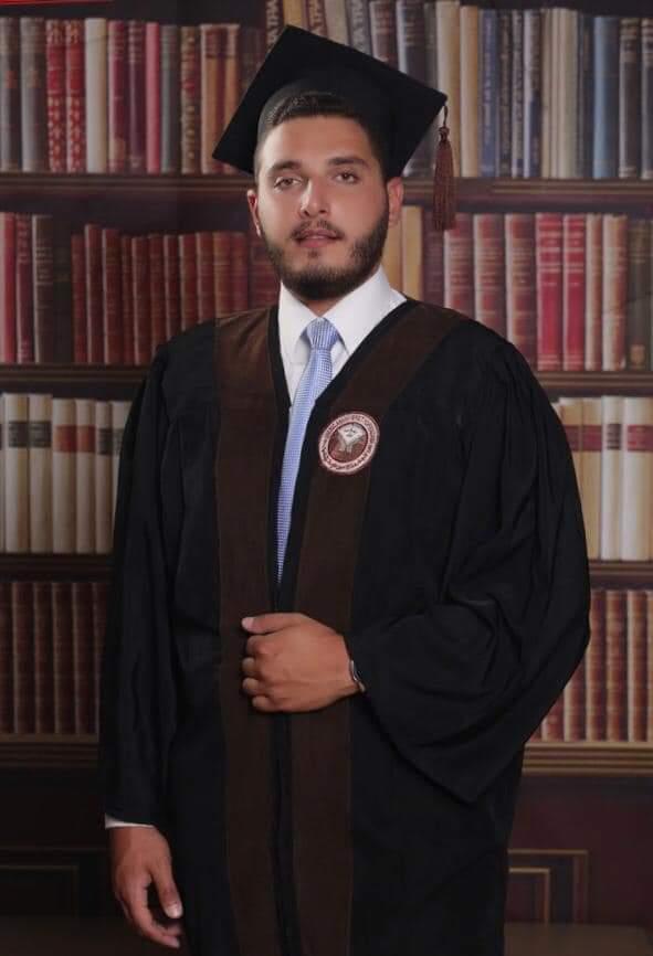 عمر ناصر الدين  .. مبارك التخرج