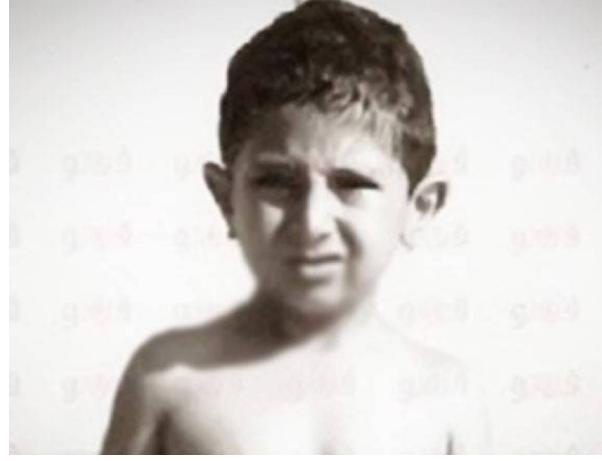 بالصورة - هذا الطفل أصبح ممثلاً مصرياً شهيراً ..  من هو؟