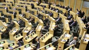 """مجلس النواب يقر """"معدل ديوان المحاسبة"""" ويعيد """"معدل النزاهة"""" للجنة القانونية"""