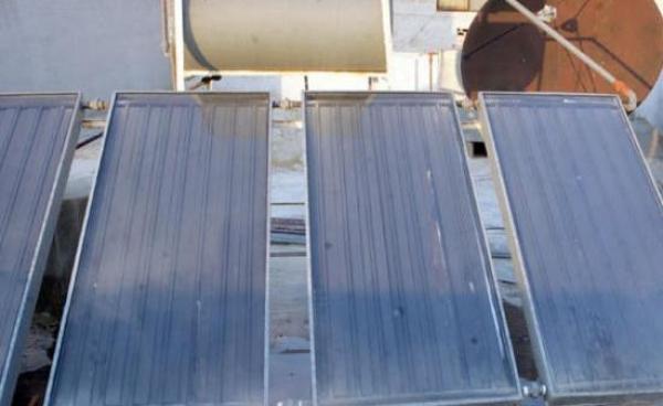 """""""الطاقة المتجددة"""" زود 26 الف منزل بسخانات شمسية مدعومة"""