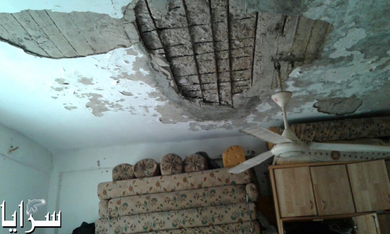 بالصور  .. مواطن اردني يناشد اهل الخير مساعدته في بناء سقف منزله بعد انهياره ليقيه حر الصيف