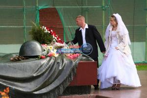 منع العروس من الدخول للمرحاض ..  أغرب العادات للزواج حول العالم