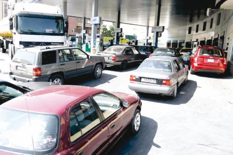 أزمة كورونا والاغلاقات المتكررة تسببت بخسائر كبيرة لقطاع المشتقات النفطية