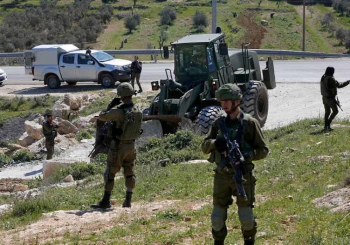 الاحتلال يجرف 15 دونما مزروعة بالزيتون بطولكرم