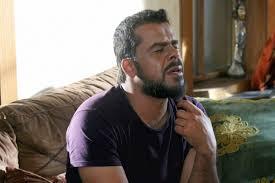 بالفيديو ..  منذر رياحنة يبكي ياسر المصري على الهواء