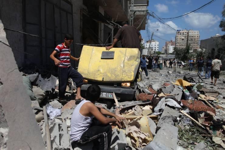 حقوقيون: إسرائيل تستخدم القوة المميتة في غزة