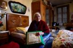 بالصور .. تعرف على آخر سيدة ولدت في القرن الـ19 وعمرها 116 عاماً