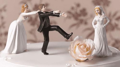 السعودية: من أراد أن يتزوج الثانية فلا يلزمه شرعًا إبلاغ الأولى