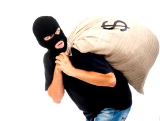 كشف ملابسات سرقة 30 ألف شيكل من محل تجاري