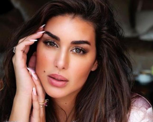 """بالصور  ..  هل ياسمين صبري النسخة العربية من """"جورجينا رودريغيز""""؟"""
