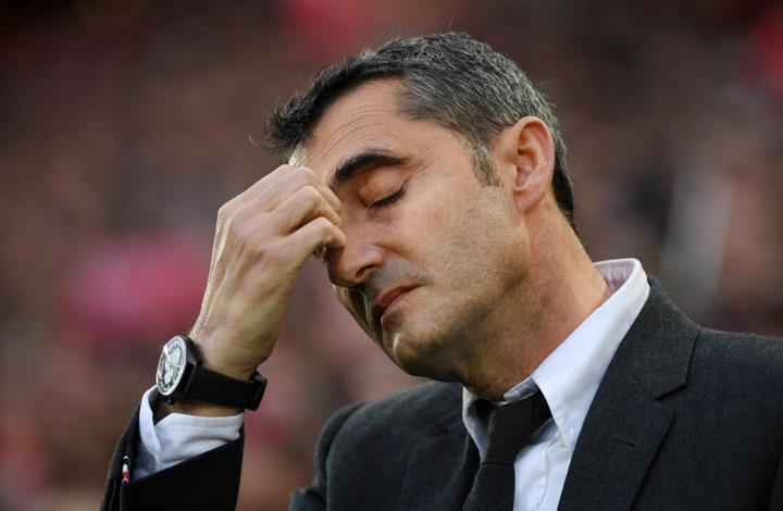 رغم خسارته الكأس والأبطال ..  برشلونة متمسك بمدربه