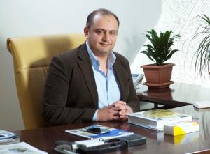 ترقية الدكتور معاذ الحوراني  إلى رتبة أستاذ في جامعة عمان الأهلية..الف مبروك