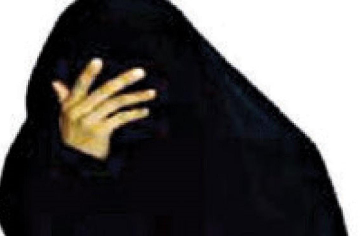 سيدة ستينية تناشد أهل الخير للوقوف الى جانبها  ..  فمن يدخل الفرحة على قلبها قبل العيد؟