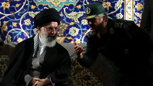 """إيران: ننتظر """"فتوى الجهاد"""" لمحو إسرائيل فوراً!"""