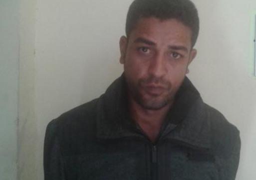 """يذبح عشيق زوجته العجوز في """" محله"""" بعد اعترافها !"""