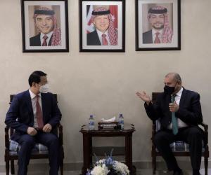 العودات يستقبل سفيري العراق والصين لدى الأردن