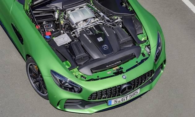 بالصور  ..  AMG GT R تكشف عن مقدار سرعتها على أصعب مضمار سباق