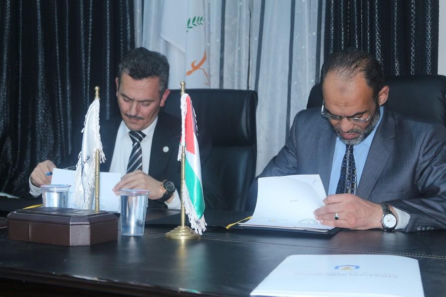 توقيع اتفاقية تعاون مشترك بين جامعة عمان العربية ونقابة المعلمين الأردنيين