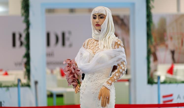 بالفيديو: شاهد عروس في دبي بمليون دولار  ..  تفاصيل