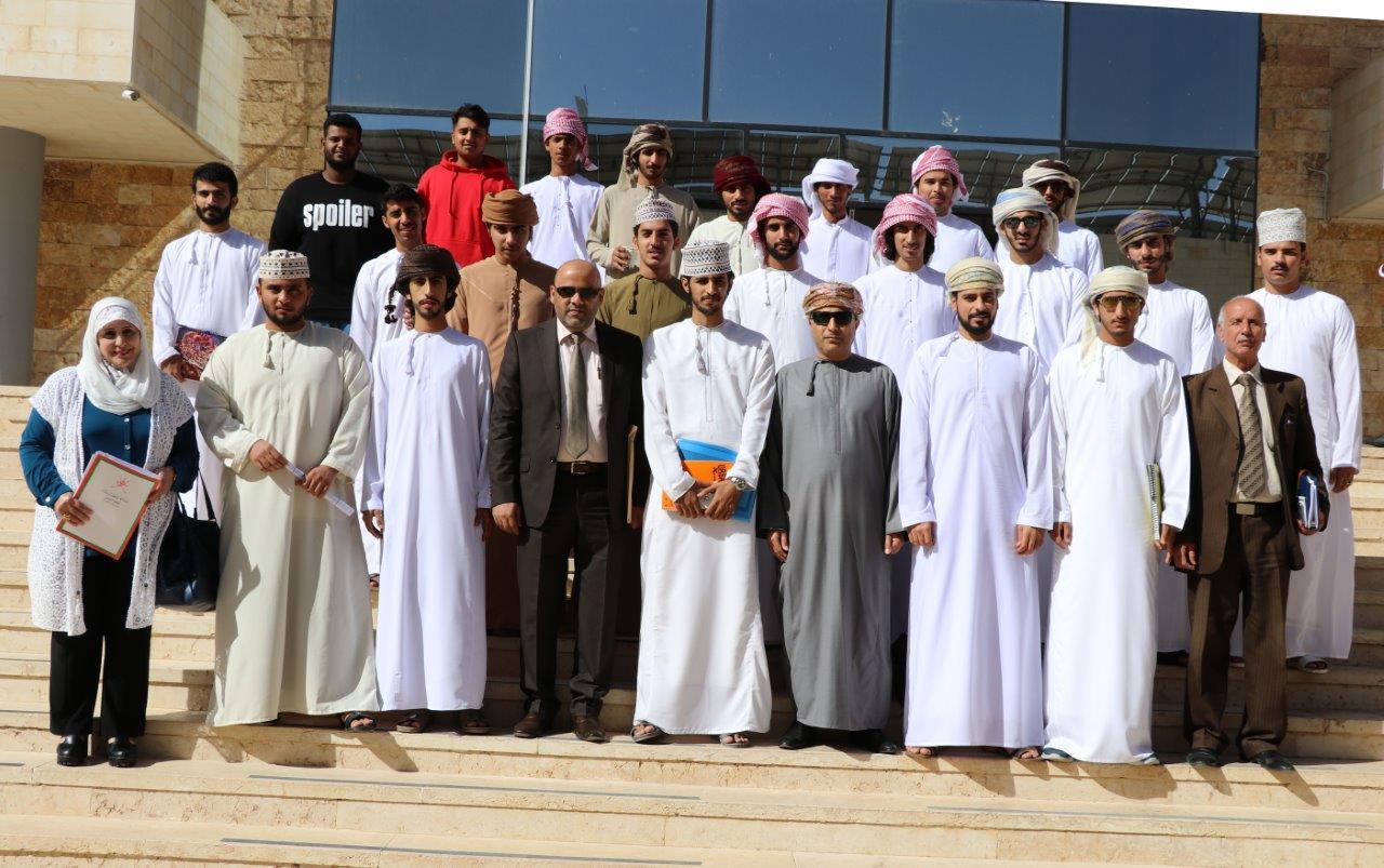 """لقاء في """"عمان العربية"""" لبحث شؤون الطلبة العُمانيين"""