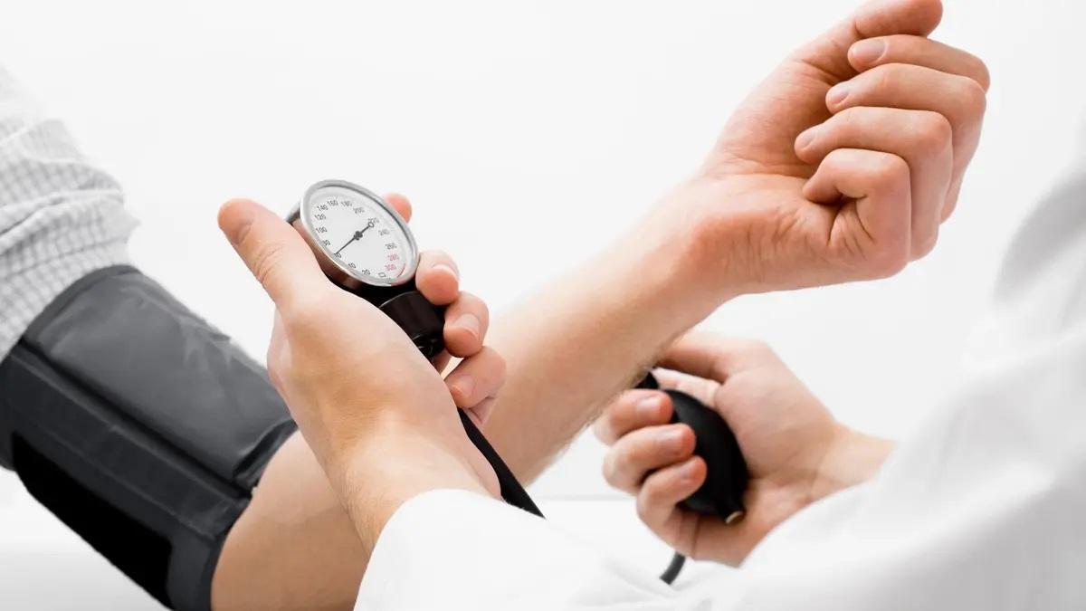 9 أشخاص أكثر عرضة للإصابة بارتفاع ضغط الدم