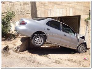 الزرقاء: إصابة(3) فتيات بحادث تدهور مركبتهم واصطدامها بحائط منزل