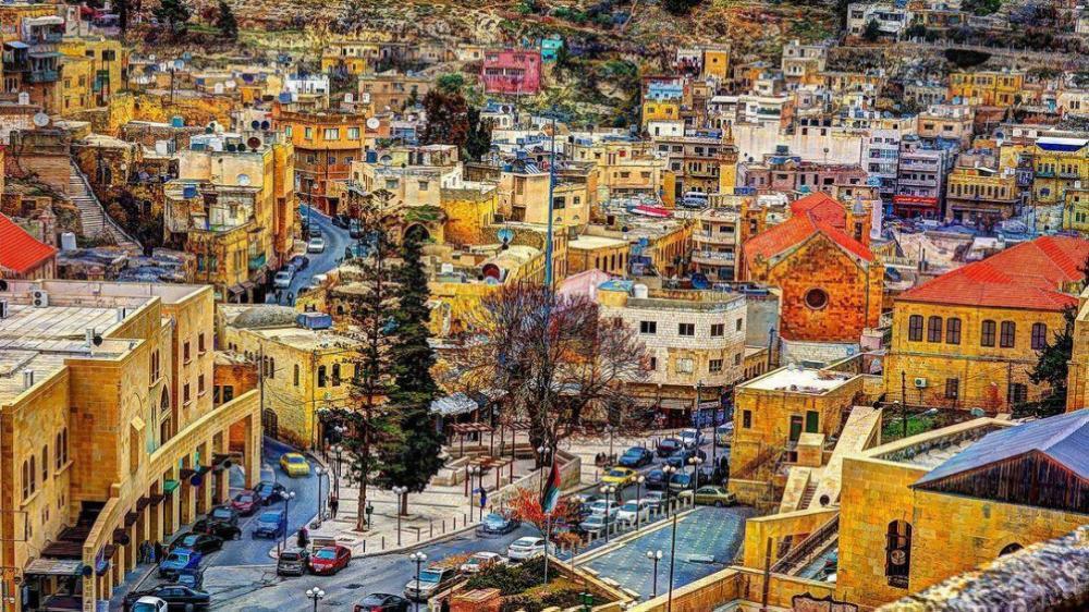 وزير السياحة: خطط مدروسة لاستثمار إدراج مدينة السلط على قائمة التراث العالمي