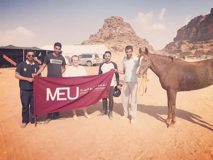 """الشرق الأوسط"""" تشارك في سباق الحسين الدولي للقدرة والتحمل"""