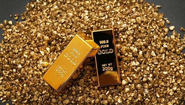 أسعار الذهب تتراجع ويتجه لتسجيل خسائر للأسبوع الخامس على التوالي