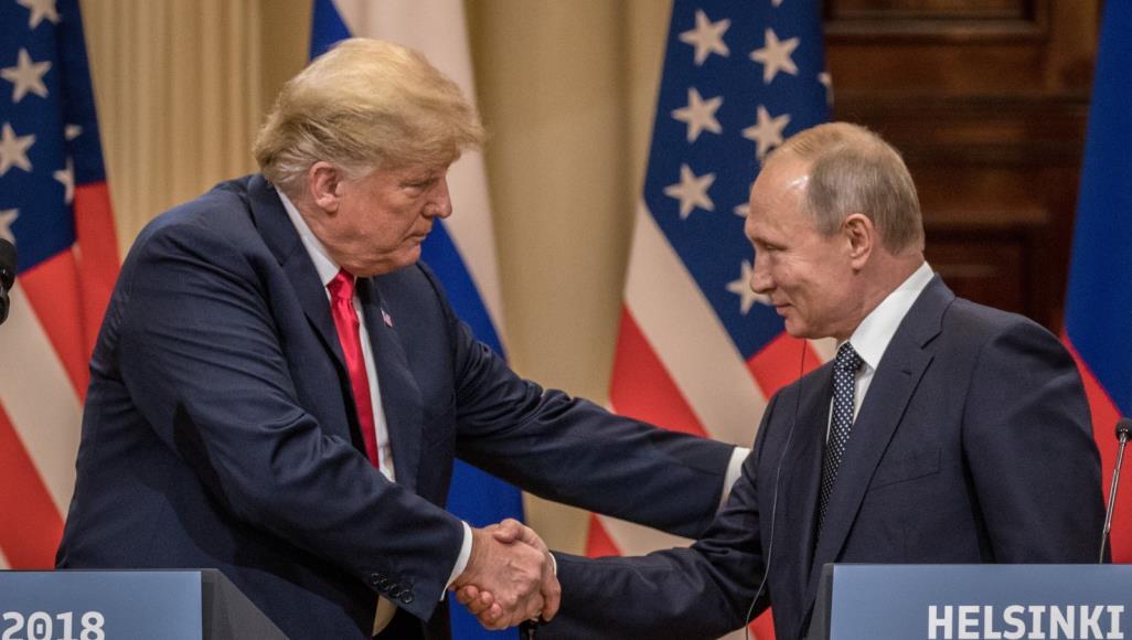 """""""أف بي آي"""" تحقق بعمل ترامب ضد المصالح الأميركية مع روسيا  ..  """"تفاصيل"""""""