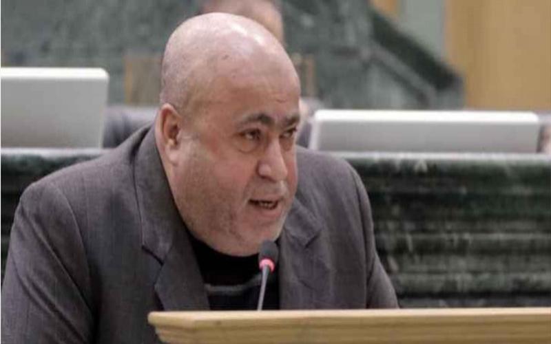 عطية يسأل الحكومة عن خطوات محاسبة الجانب الصهيوني عن الحرائق المفتعلة