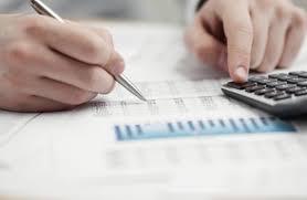 """خبراء: """"مشروع ضريبة الدخل"""" غير عادل وينحاز لقطاعات على حساب الاسر"""