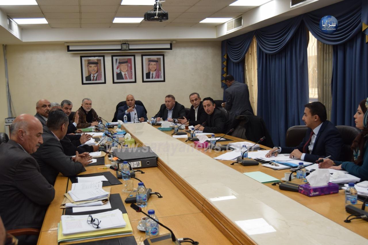إجتماع اللجنة المالية لمناقشة المخالفات الواردة في تقرير ديوان المحاسبة لعام 2016.