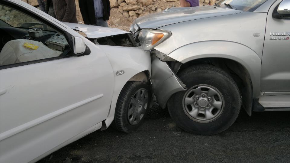 إصابة أربعة أشخاص اثر حادث تصادم في محافظة العاصمة