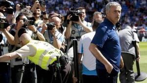 الكشف عن راتب مورينيو مع مانشستر يونايتد