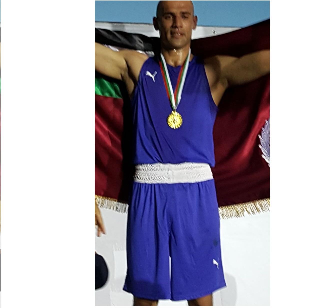 الدركي الهنداوي يحرز الذهب في بطولة النخبة الدولية للملاكمة