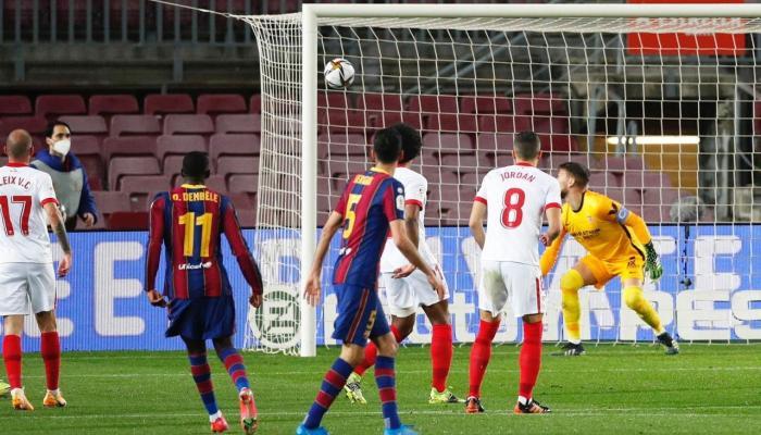 برشلونة ضد إشبيلية  ..  ريمونتادا قاتلة تقود البارسا لنهائي كأس ملك إسبانيا